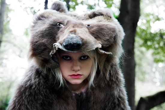 Roosa Söderholm elokuvassa He ovat paenneet